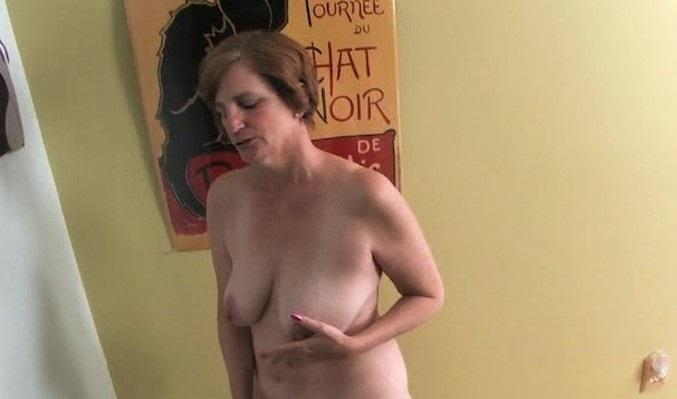 huisvrouw masturbeert geile wijven sex