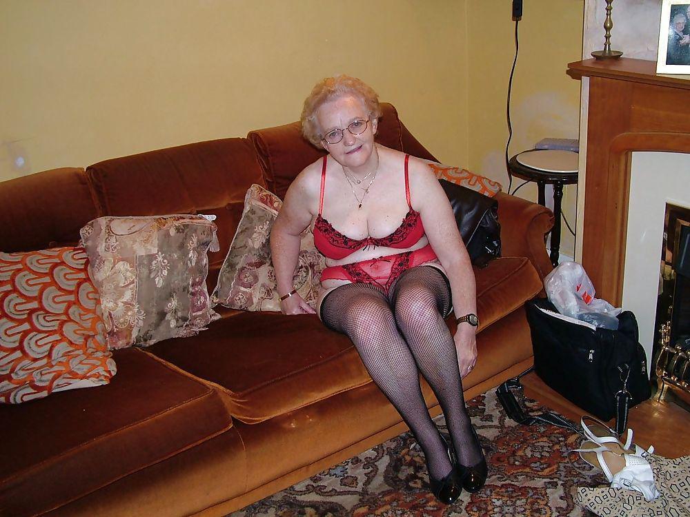 Geile granny uit Brussels Hoofdstedelijk Gewest,Belgie